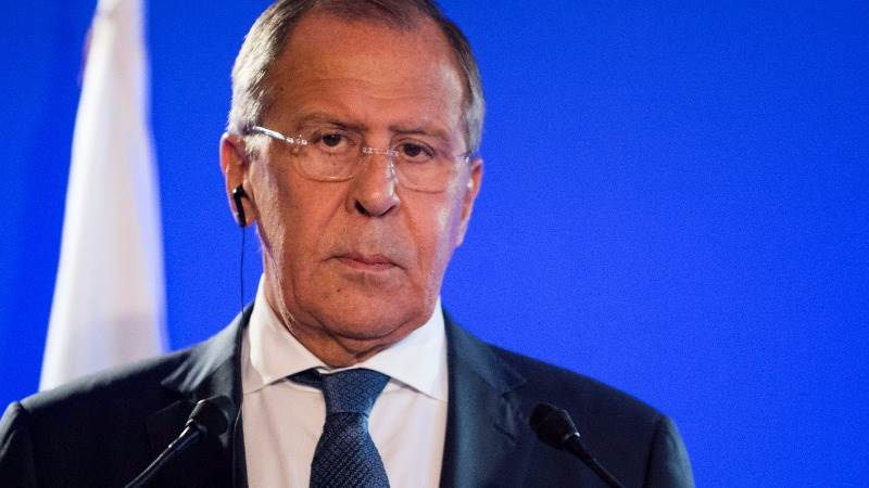 Russia pushes US to solve diplomatic row