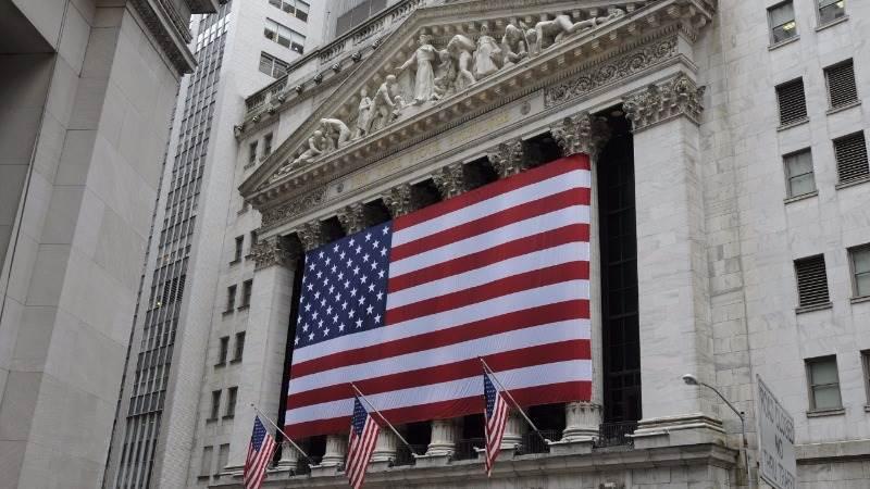 Wall Street closes slightly higher amid N.Korea crisis