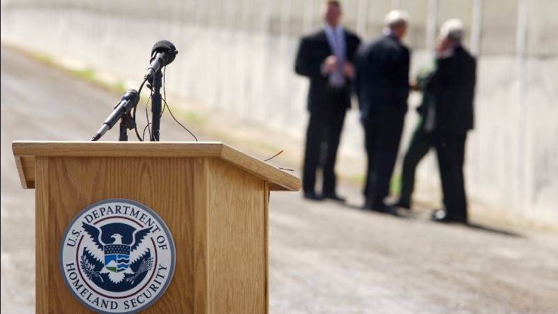 DHS sued over warrantless searches