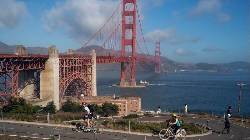 California Dems approve 'sanctuary state' bill