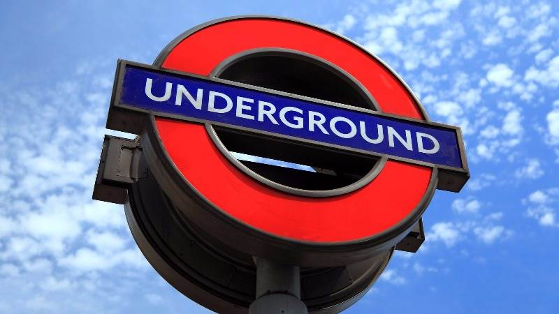 London: Fulham Broadway station closed over 'security alert'