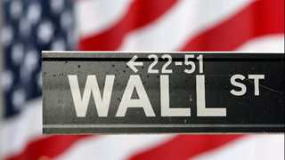 US stocks end mixed, Dow notches record-close