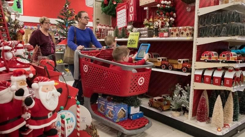 US retail sales up 0.4% in December