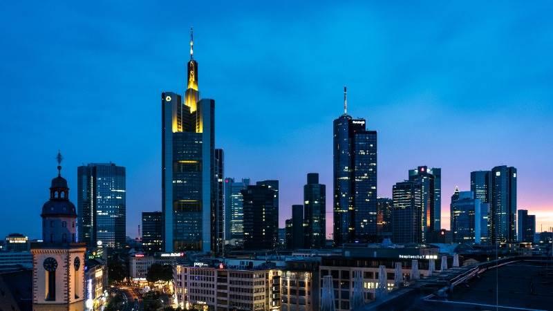 Europe ends higher on German govt talks breakthrough