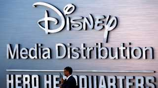 Disney to challenge Netflix with new Apple-linked hire