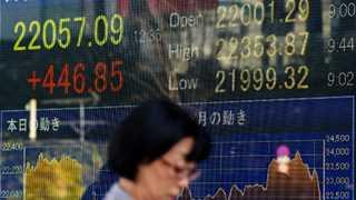 Asian markets mixed amid trade concerns