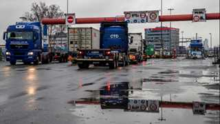 German wholesale inflation drops to 1.2%