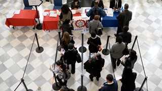 US job openings increase in January