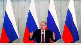 Russia's presidential election starts in Far East