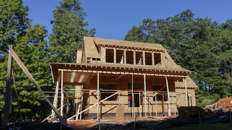 US housing starts up 1.9%  in March