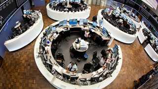 Europe closes mixed amid earnings, crude rally