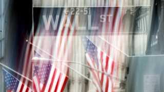 US markets close lower amid earnings season