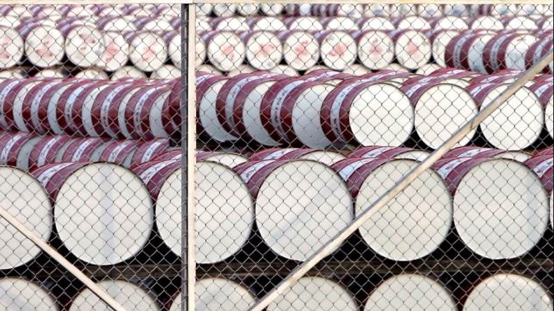 EIA: US crude inventories drop by 2.2 million barrels