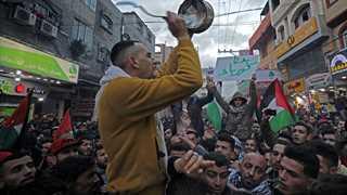 Israel to close Gaza border crossing damaged in Palestinian riots