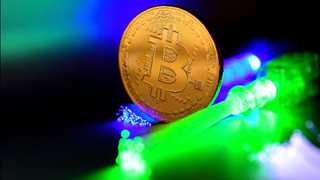 Cryptocurrencies recover, Bitcoin Cash up 10%