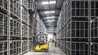 US factory orders fall 0.8% in April