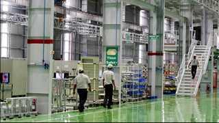 German factory orders down 2.5% in April