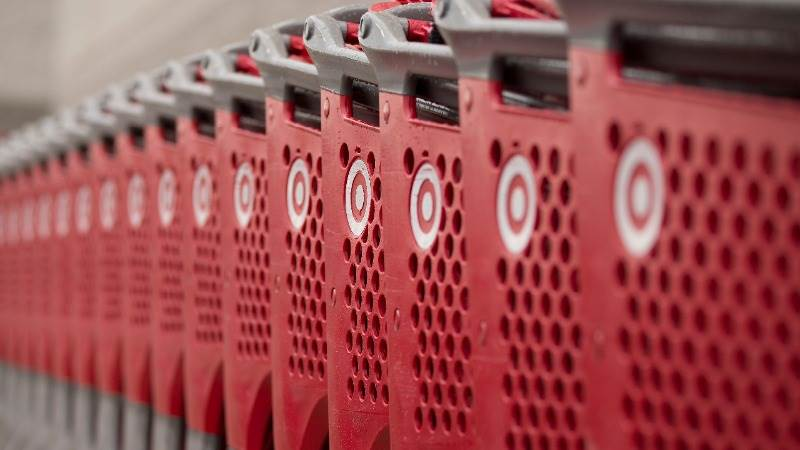 US retail sales increase 0.8% in May
