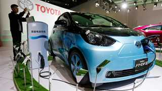 Japan to develop new technologies for electric cars