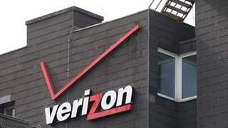 Verizon vows to stop selling users' location data - report