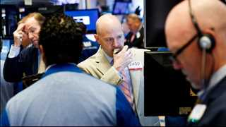 US stocks end in red on US-China trade war fears