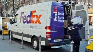 FedEx reports diluted EPS at $4.15 in Q4, up 42% YoY