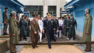 Koreas to renew military communication lines