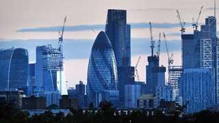EU regulator urges banks to prepare for Brexit