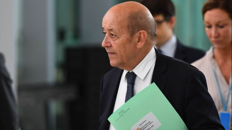 Le Drian: Trump must not be allowed to destabilize Europe