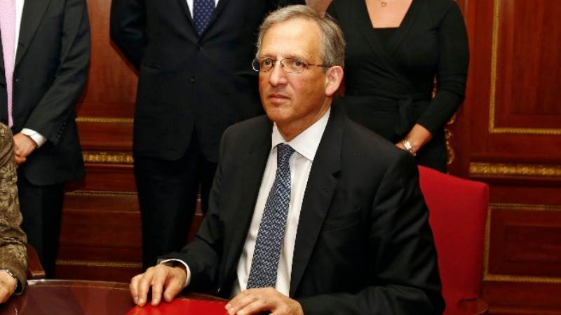 BoE's Cunliffe leans to cautiousness in tightening
