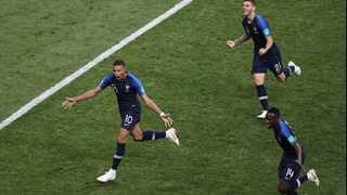 France beats Croatia 4:2 in World Cup final