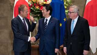 EU, Japan sign free trade agreement