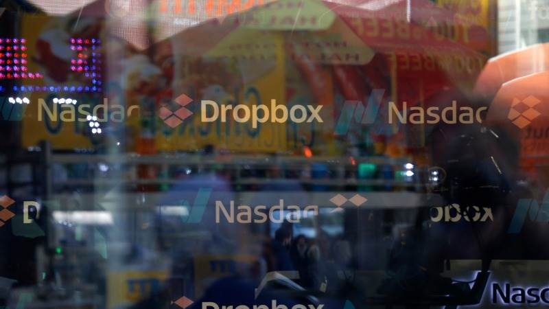 Dropbox shares tumble after earnings