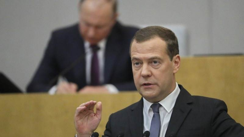 Medvedev: More US sanctions would mean 'economic war'