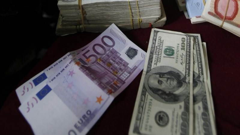 Turkey fears dent euro to 13-month low versus dollar