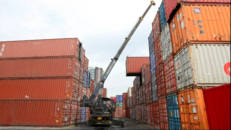 British trade deficit nearly doubles in Q2