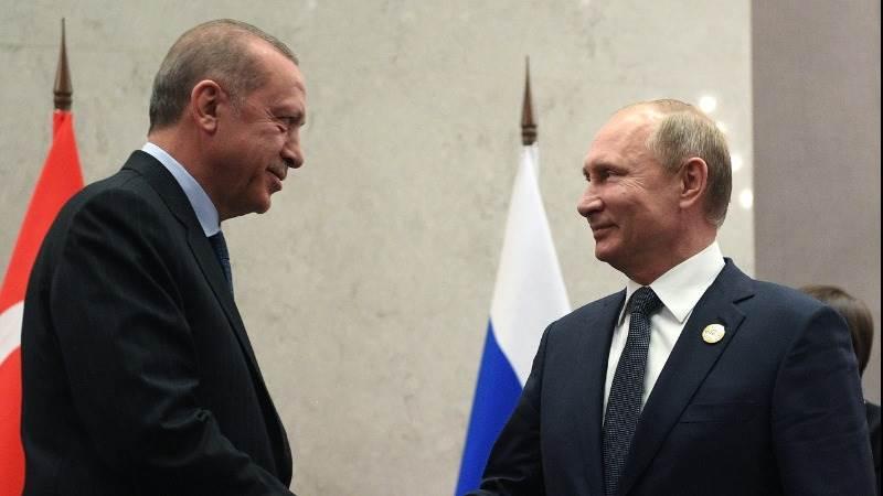 Erdogan, Putin discuss economic ties amid lira slump