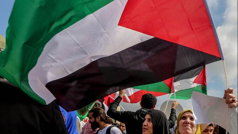 Over 30,000 protest against Israel's nation-state law