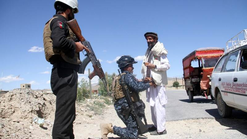 Afghan forces, Taliban fight for control over Ghazni