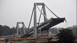 Over 20 dead after Italy bridge collapses