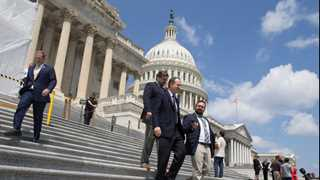 US lawmakers reach deal to avoid government shutdown