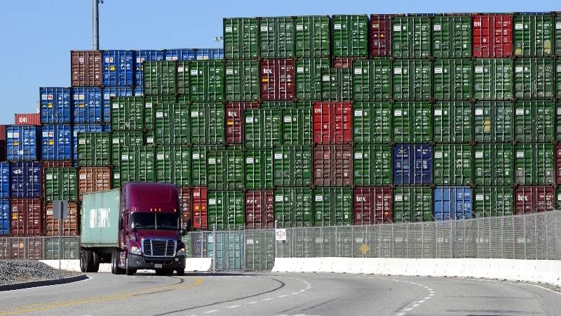 Euro area trade surplus at €17.6B in July
