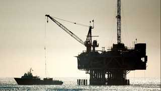 EIA: US crude inventories fall by 2.1M barrels
