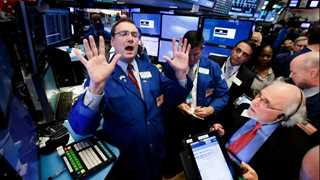 US stocks close mixed after Trump trade abuse comments