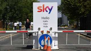 Comcast buys Fox's stake in Sky for £11.6B