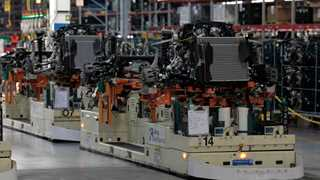US factory orders rise 2.3% in August