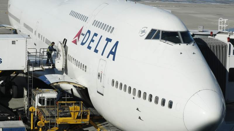 Delta Air Lines posts record Q3 revenues of $12B