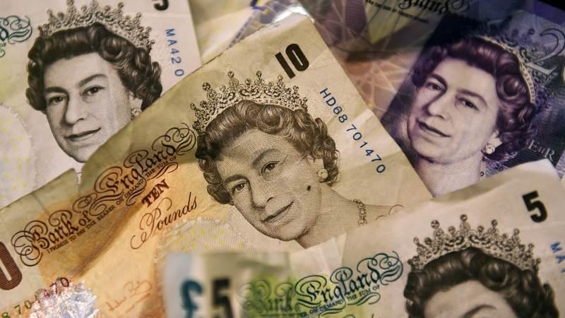 Sterling weakens on Brexit turmoil, deadlines
