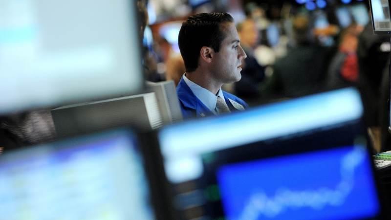 Treasuries rise as stocks return to positive territory